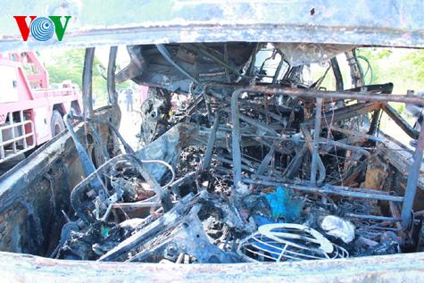 Hình ảnh vụ tai nạn thảm khốc tại Thái Lan làm 12 người Việt tử nạn 9