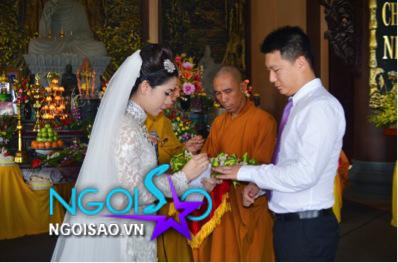 Lễ cưới theo nghi thức Phật giáo của ca sỹ Mỹ Dung 12