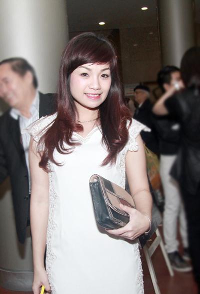 """""""Họa mi"""" Khánh Linh công khai bạn trai mới 10"""