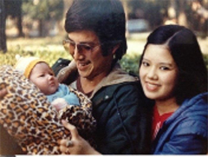 Chí Trung: Đêm tân hôn nhớ đời trong căn gác 9,5m2 với 2 cặp vợ chồng 3