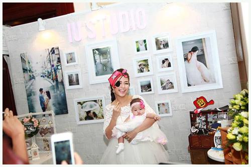 Gia đình hạnh phúc của Ốc Thanh Vân 9