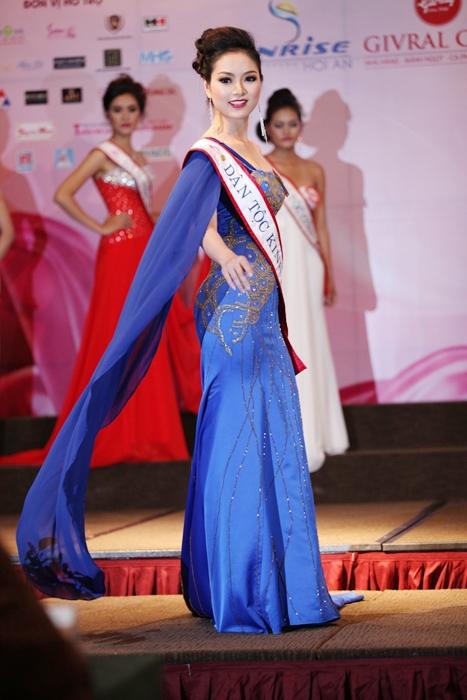 """Ảnh """"độc"""" của tân Hoa hậu dân tộc Ngọc Anh 10"""