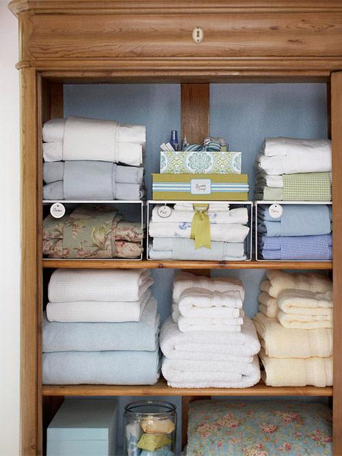 Bí quyết sắp xếp tủ đồ gọn gàng 7
