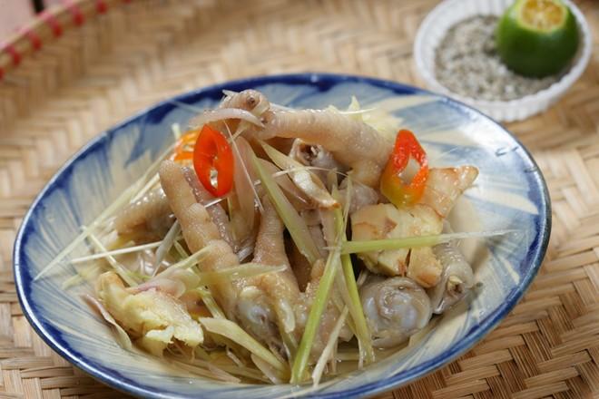 Khám phá món chân gà muối chiên mới lạ tại Sài Gòn 3