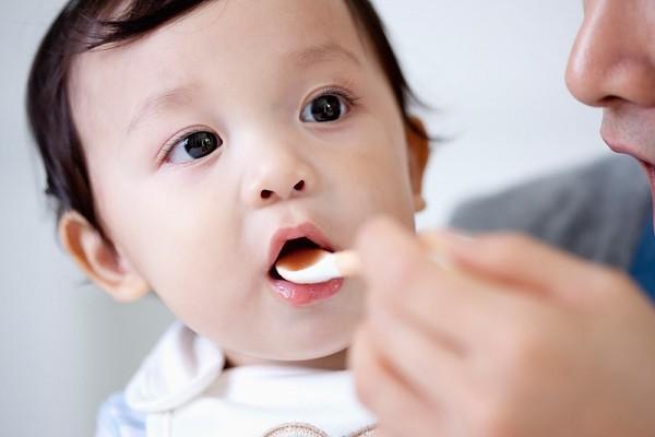 4 nguyên nhân khiến bé bỗng dưng biếng ăn 1