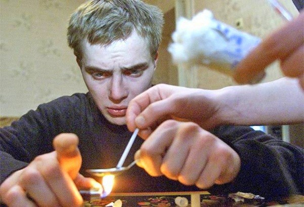 Sự thật rợn người về loại ma túy kinh khủng nhất thế giới 2