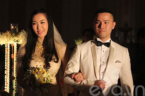 Cận cảnh đám cưới cổ tích của Á hậu Thùy Trang 1