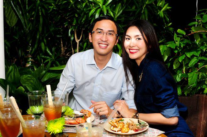 Vợ chồng Tăng Thanh Hà tình cảm đi tiệc 2