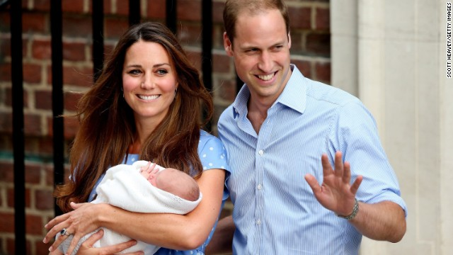 Đáng yêu Hoàng tử George tròn 8 tháng 6