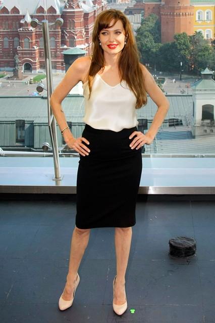 Gu thời trang đáng nhớ của Angelina Jolie 14