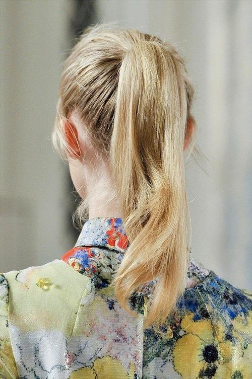6 biến tấu thời thượng với tóc đuôi ngựa cho nàng công sở 9