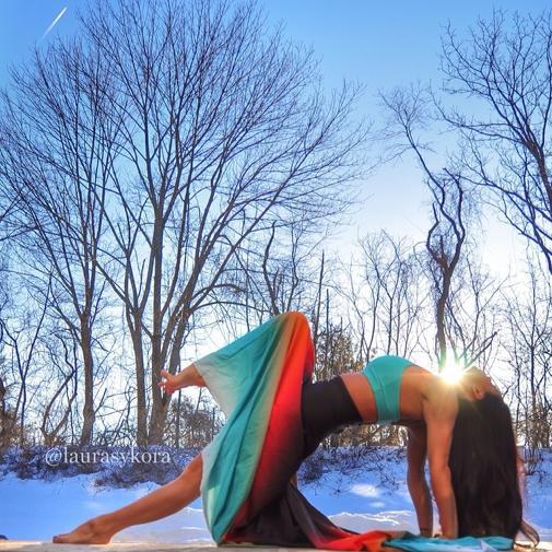 """Chùm ảnh đầy cảm hứng của """"bà mẹ Yoga"""" dáng siêu đẹp 8"""