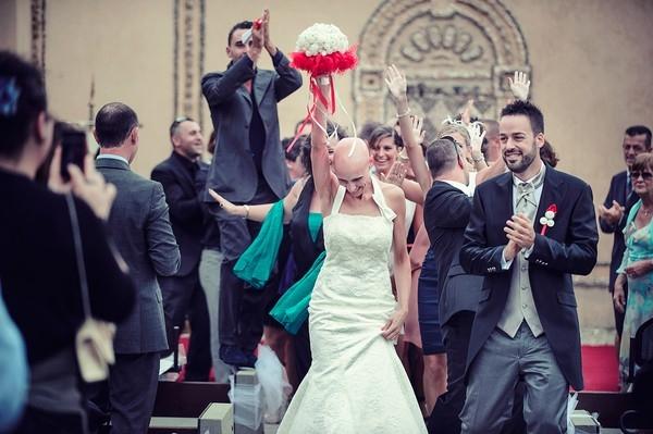 Cô dâu bị ung thư đẹp ngỡ ngàng trong ngày cưới 15