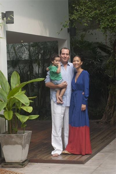 Bằng Lăng hạnh phúc bên chồng con ở Thái Lan 4