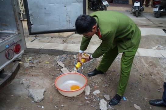 Nước phở Trung Quốc cô đặc, đóng chai thơm vàng 5