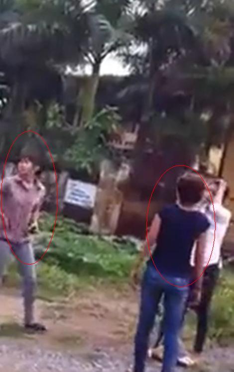 Xôn xao clip nữ sinh đánh nhau trước cửa ủy ban xã 2