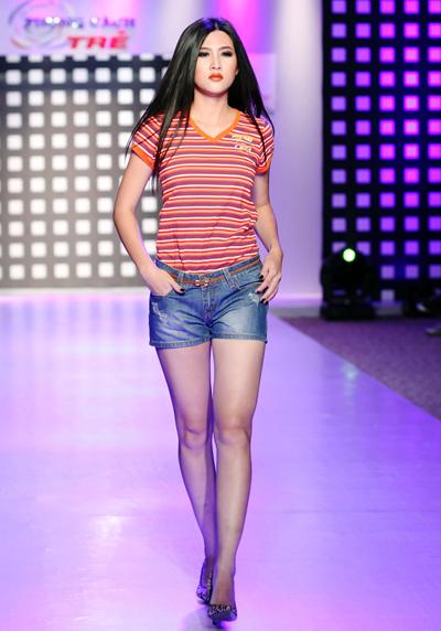 Người mẫu Việt khoe chân dài với short 4