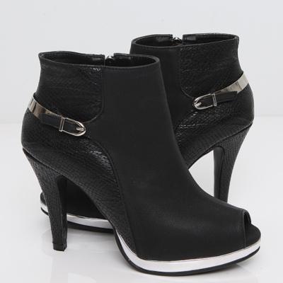 Những mẫu giày bốt nữ đẹp mùa thu đông 2013 1