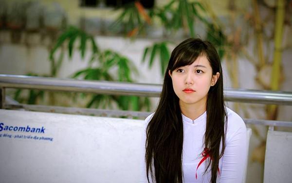 Những hot girl Việt có gương mặt đẹp không tì vết 11