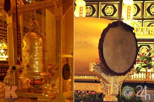 Chiêm ngưỡng đền thờ dát vàng giá ngàn tỷ tại Việt Nam 13