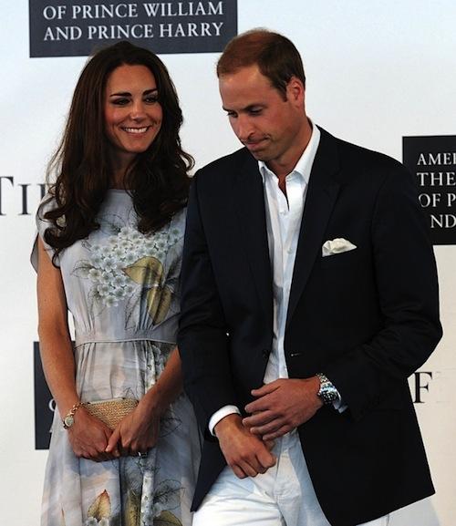 Khám phá bộ sưu tập túi lịch lãm của công nương Kate Middleton 8