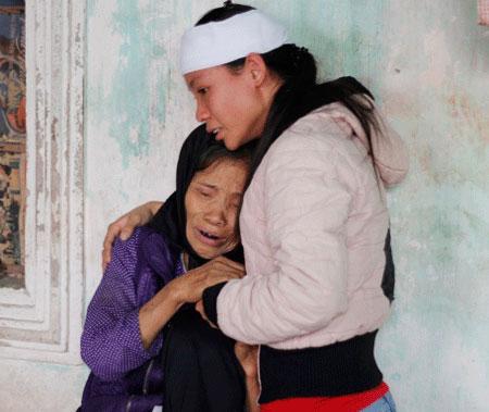 Những đứa trẻ bơ vơ sau vụ hỏa hoạn tại Zone 9 1