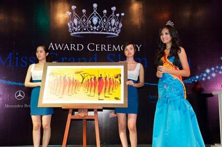 Sao Việt chứng tỏ sức ảnh hưởng bằng đấu giá từ thiện 11