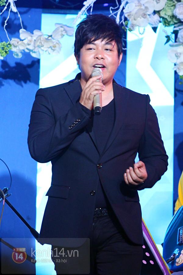 Hà Hồ làm show ủng hộ miền Trung 650 triệu đồng 14