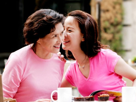 Quan hệ mẹ chồng - nàng dâu: Gương vỡ khó lành 1