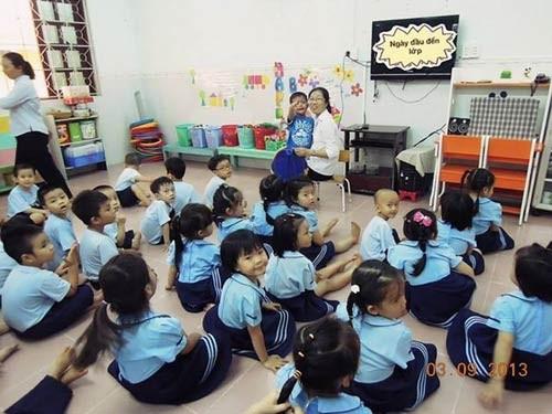 'Đột nhập' lớp mẫu giáo con sao Việt 13