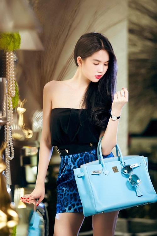 Phong cách thời trang quyến rũ của Ngọc Trinh 31