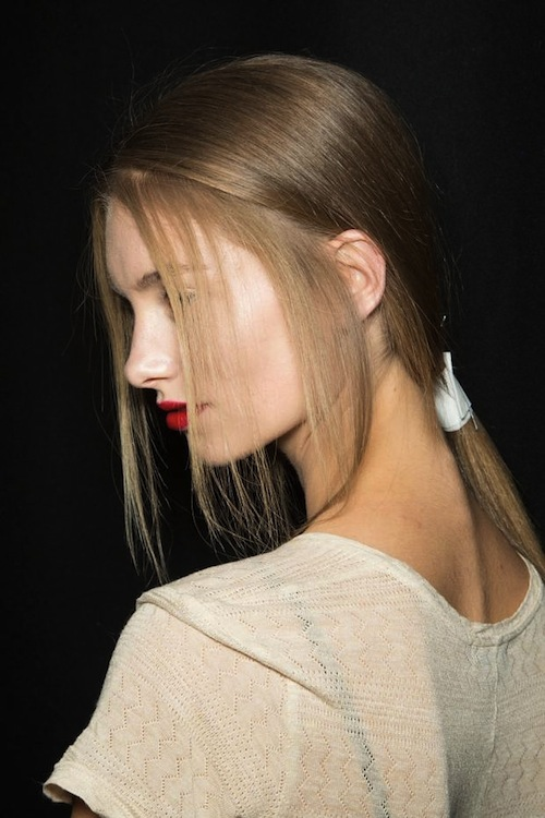 6 biến tấu thời thượng với tóc đuôi ngựa cho nàng công sở 18