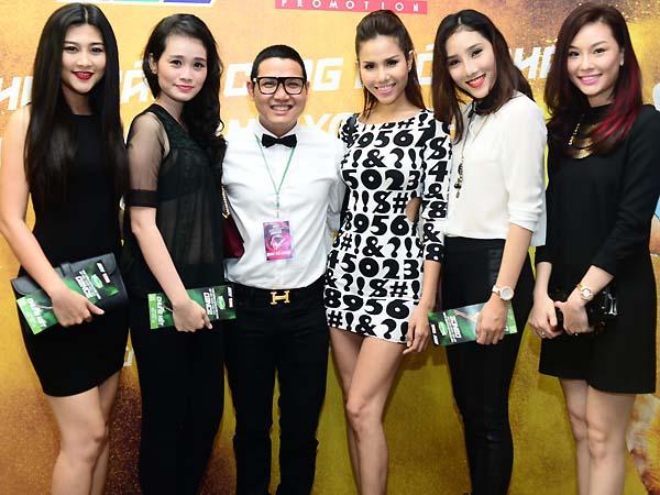 Đoan Trang hạnh phúc khi mang bầu hơn 3 tháng 12