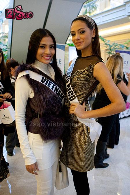 """Miss Universe 2013: Trương Thị May đang bị """"dìm hàng""""? 3"""
