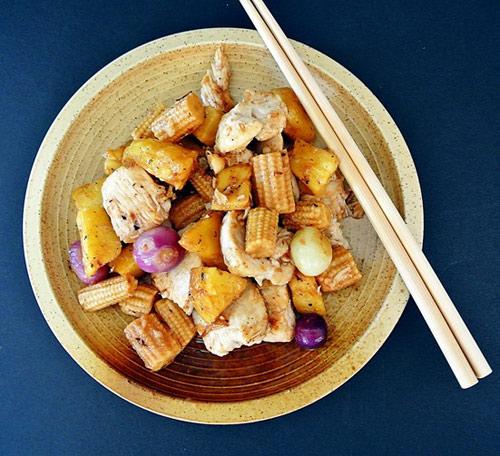 Thịt gà xào dứa thơm nức 8