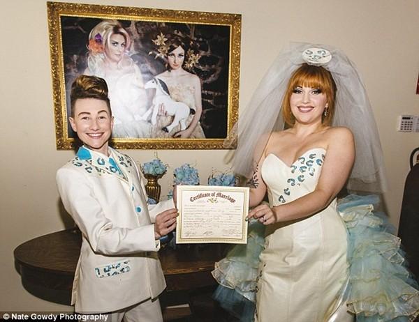 Chùm ảnh cưới đẹp long lanh của cặp đôi đồng tính Mỹ 6