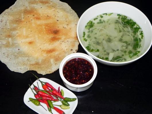 5 món Quảng được yêu thích ở Sài Gòn 5