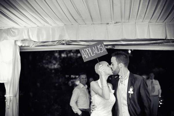 Cô dâu bị ung thư đẹp ngỡ ngàng trong ngày cưới 30