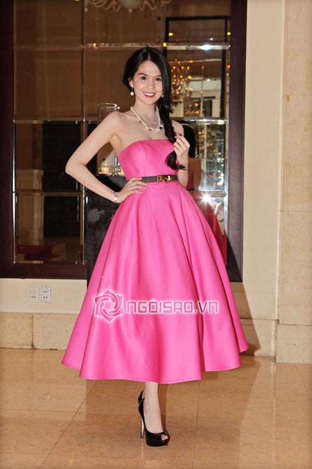 Ngọc Trinh hàng hiệu dát đầy mình vẫn lép vế trước hoa hậu hoàn vũ Thái Lan 4