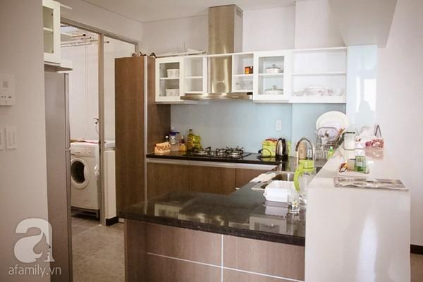 Ngắm căn hộ sang trọng với nội thất tông trầm ở TP Hồ Chí Minh 11