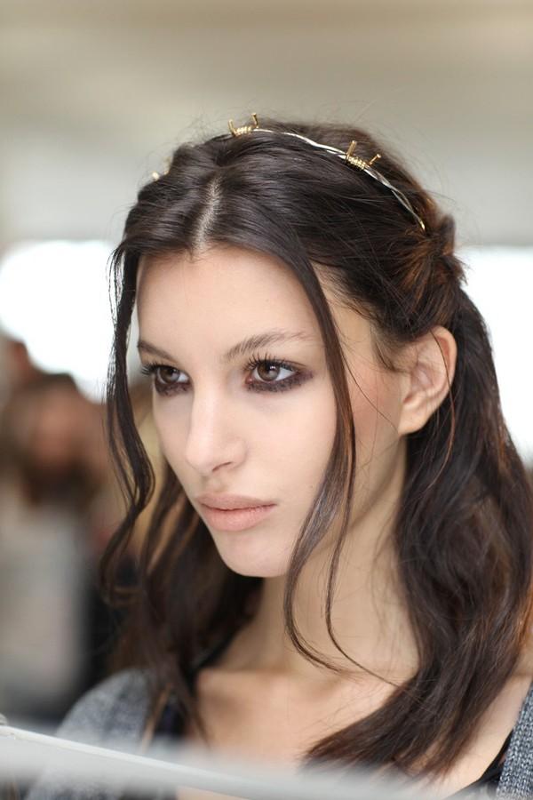 Tự thực hiện 3 kiểu tóc dịu dàng cho mùa thu 19