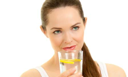 5 lí do để uống nước chanh mật ong vào sáng sớm 1