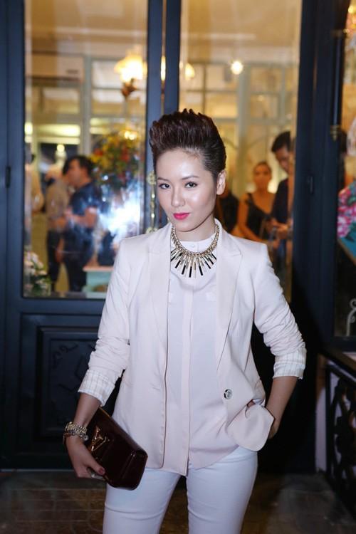 Mỹ nhân Việt cá tính hơn nhờ tóc ngắn 18