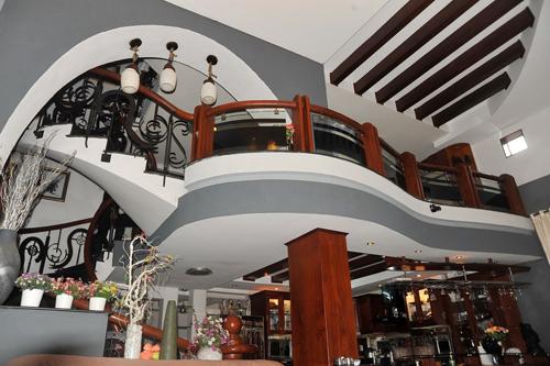 Thăm nhà 2 triệu đô của Lý Hải - Minh Hà 5