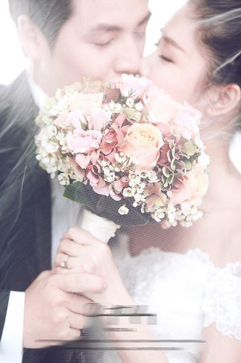 Lộ ảnh cưới đầu tiên của Đăng Khôi và vợ hot girl? 2