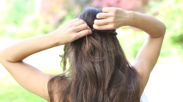 Tự thực hiện 3 kiểu tóc dịu dàng cho mùa thu 23