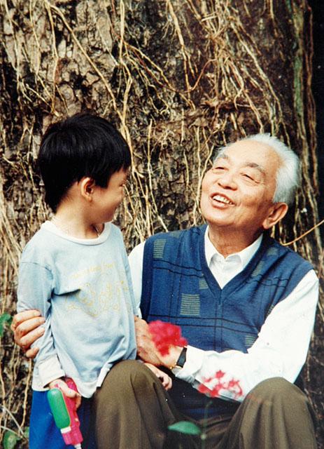 Những dòng chia sẻ xúc động của hai cháu nội Đại tướng Võ Nguyên Giáp 4