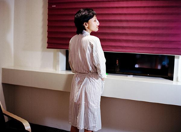 Cuộc sống thê thảm của thiếu nữ Hàn sau phẫu thuật thẩm mỹ 8