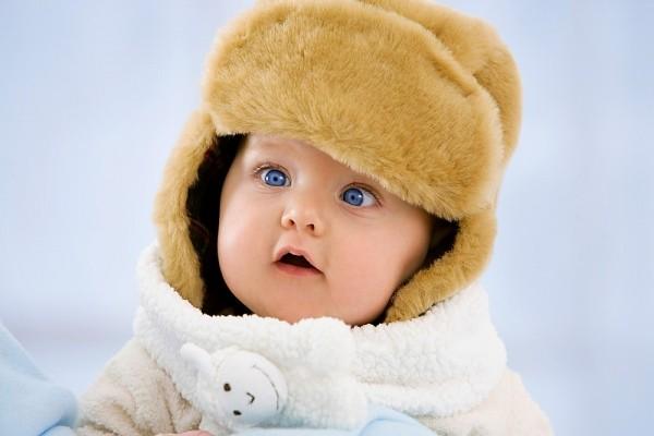 5 chú ý quan trọng khi mặc quần áo cho bé trong ngày lạnh 1