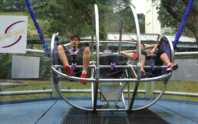 Dàn trai xinh, gái đẹp 'Cuộc đua kỳ thú' đại náo Singapore 10